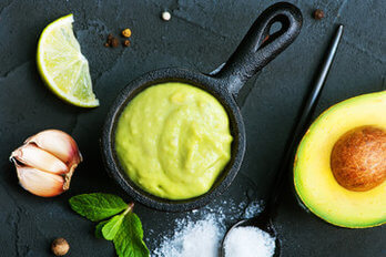 Chlorella, Salatdressing mit Avocado